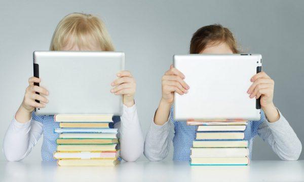 Pengaruh Penggunaan Gawai pada Pendidikan Anak