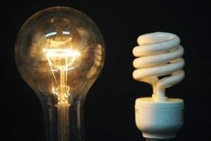 Lampu Bohlam Versus Lampu Neon