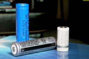 Mengapa Baterai Li-ion Bisa Meledak?