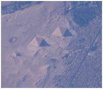 Piramida Giza jika dilihat dari ISS. Sumber foto: NASA