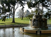 Memorial Fountain di Kings Domain, Melbourne.