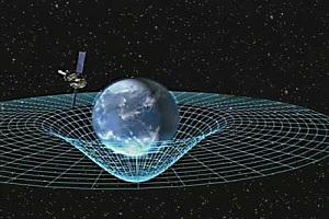 Senyum dari Langit: Kado 100 Tahun Relativitas Umum Einstein