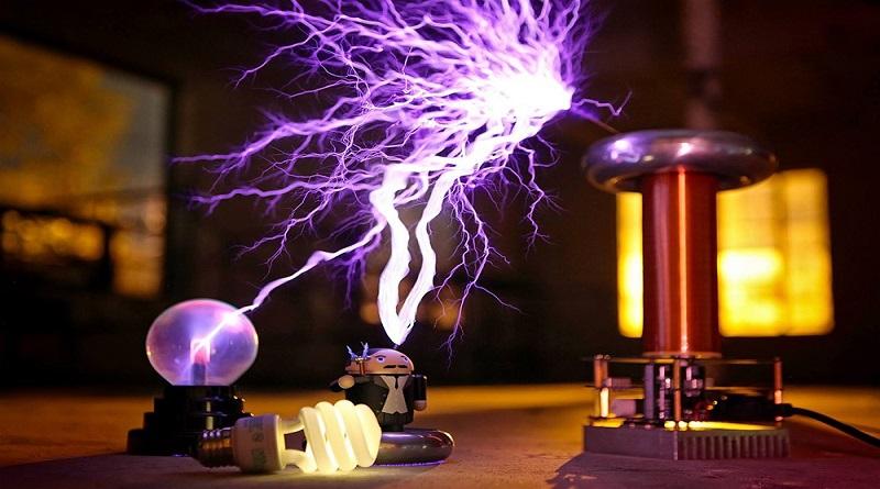 Koil Tesla: Mainan Tegangan Tinggi