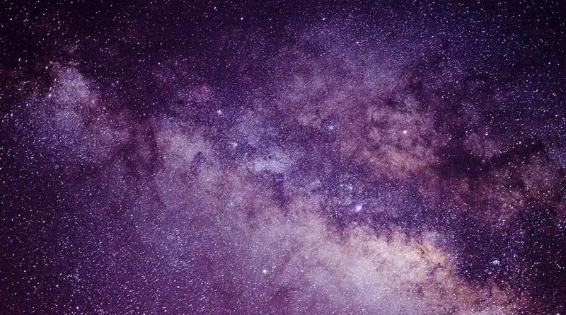 """Materi Gelap (""""Dark Matter""""): Si Penarik Misterius"""