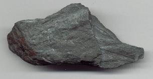 Bijih mineral hematit. Gambar dari: http://en.wikipedia.org/wiki/File:HematitaEZ.jpg