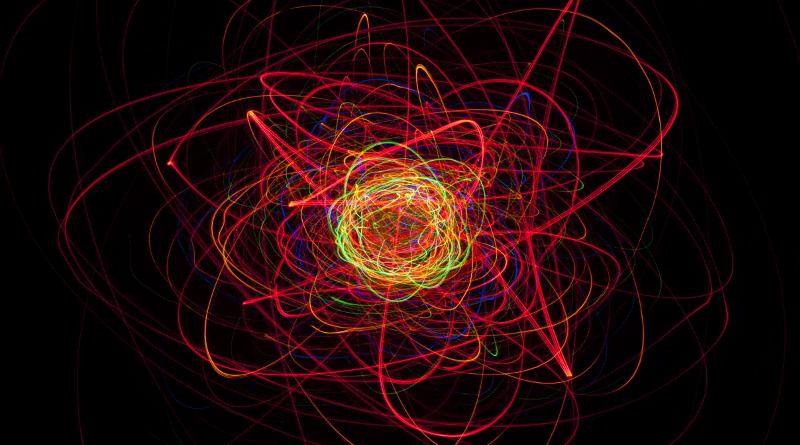 Rahasia Logam dari Model Lautan Elektron dan Pita Energi