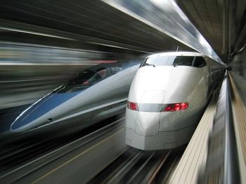 Bentuk Ujung Kepala Shinkansen Meniru Paruh Burung